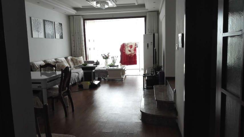 黔东南旅游的聚集地——大地春城三居室 - Qiandongnan - 아파트