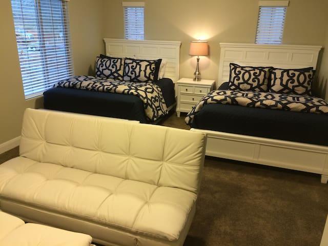Immaculate En-Suite with IntelliBED - Sleeps 5 - Washington - Şehir evi