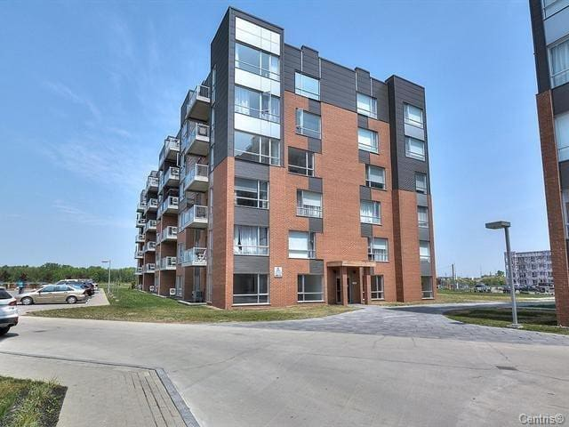 Beautiful Private fully furnished apartment. - Terrebonne - Lägenhet