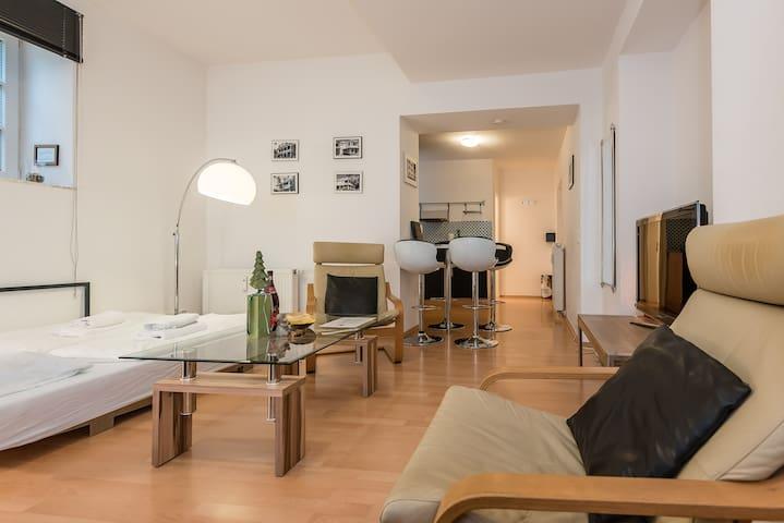Modern apartment Miami in Munich - München