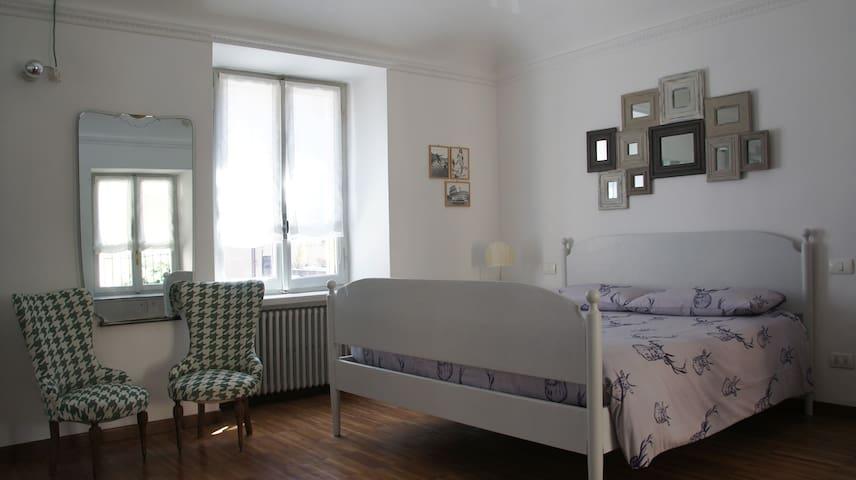 Artistitrenta B&B - matrimoniale/tripla - Torino - Bed & Breakfast