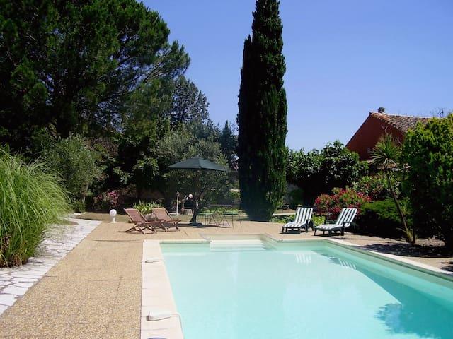 Belle maison avec piscine/jardin - Embres-et-Castelmaure - Rumah