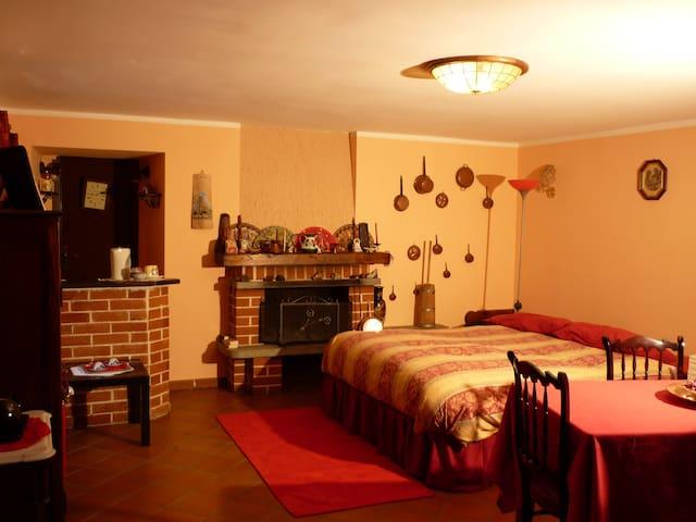 Cozy room, beautiful country house - Villar Pellice - Dom