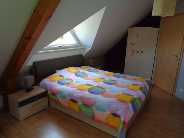 2 belles chambres dans maison moderne - Mietesheim - Casa