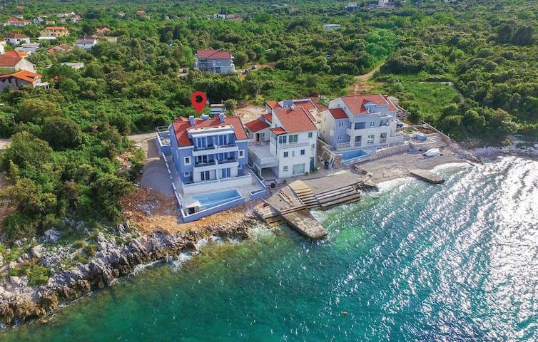 Villa Poseidon; seaside apartments - Sreser - Appartement