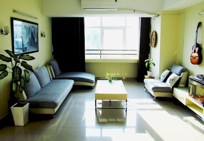 公寓在沙滩上 + 早餐 + 摩托车 - tp. Nha Trang - 公寓
