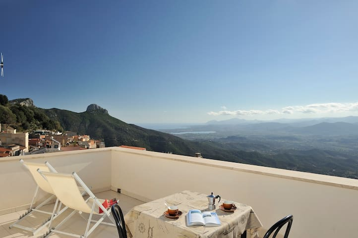 Appartamento panoramico - Baunei - Daire
