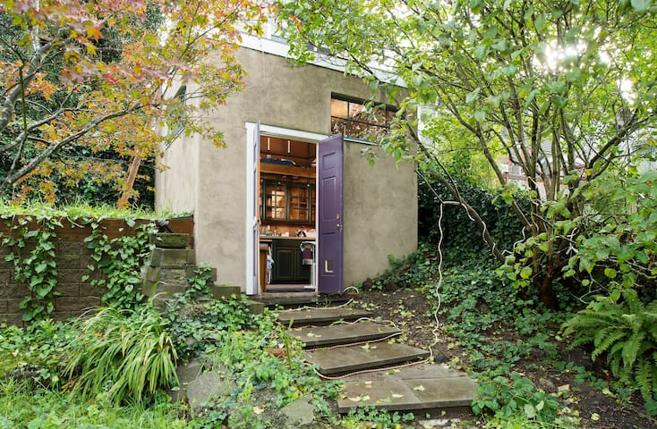 "Sweet ""Zen Den"" Cabin  (no shower) - Seattle - Autre"