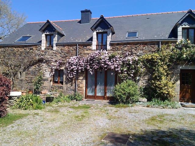 Chene Cottage, Pluherlin near Rochefort-en-Terre - Pluherlin