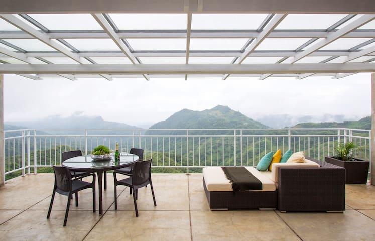 Mont Uno Suite - SILEO Balamban - 宿務城