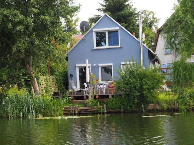"aufatmen am see! - Seehaus ""Kästner"" - Lychen - Casa"
