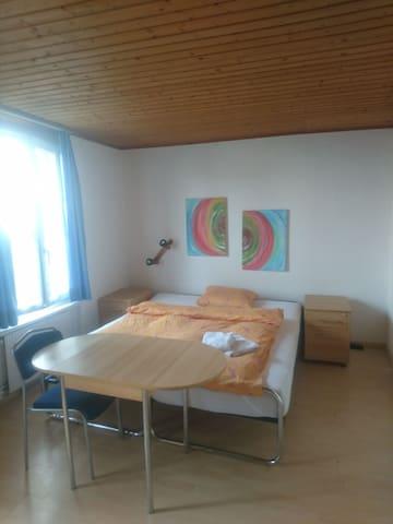 Studio für Langzeitmiete - Bremgarten - Huis