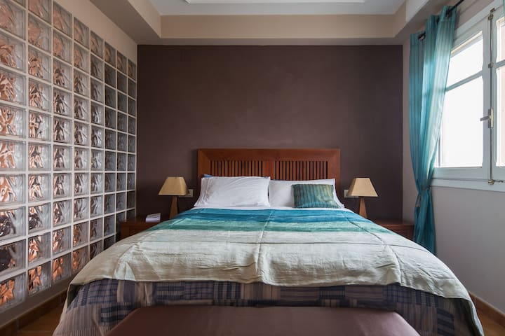Lovely room with private terrace - Bétera - Hus