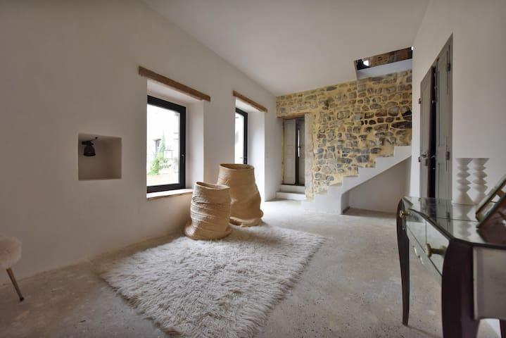 Maison 17eme village Piscine - Ribaute-les-Tavernes