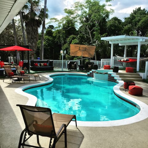 Location.Location.Location.Disney Worlds Backyard - Orlando - Villa