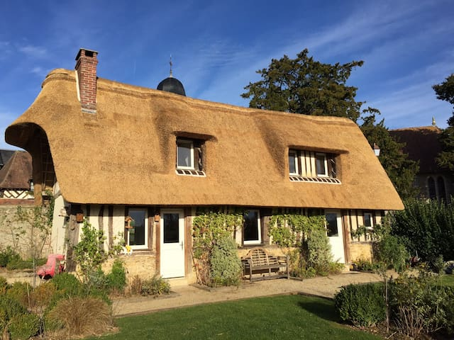 Lovely typical Normandy House - Le Mesnil-sur-Blangy