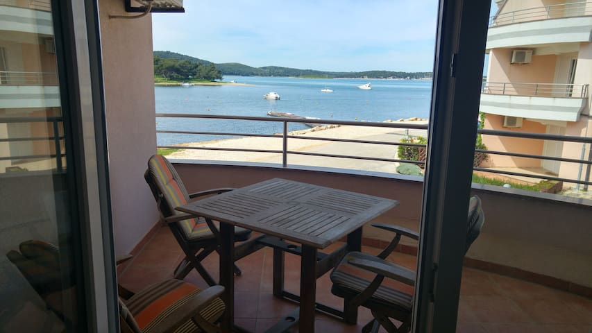 Medulin Seaview Seaside Apartment - Medulin - Appartement