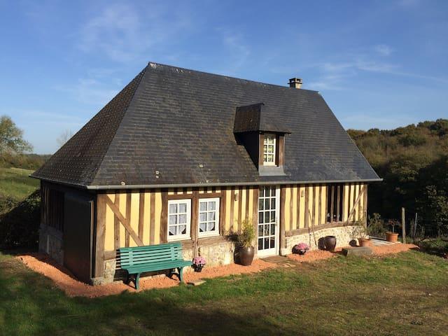 """Le Cottage """"Goodtime"""" - Pays d'Auge - Hermival les vaux  - Huis"""