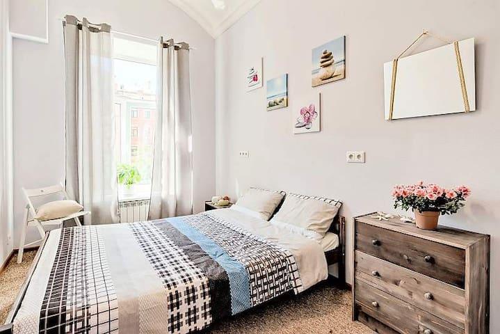 Номер с двуспальной кроватью (Невский пр.) - Санкт-Петербург - Bed & Breakfast