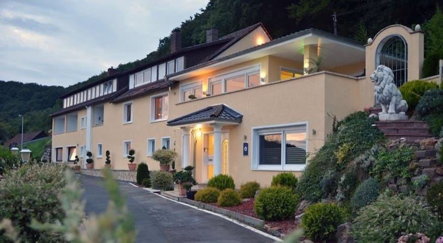 Villa Joya Schaumburg, das Gästehaus - Rinteln - Gästehaus