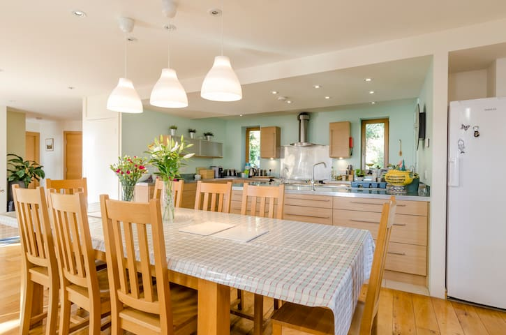 Big House for Groups, Sussex - Flimwell - House
