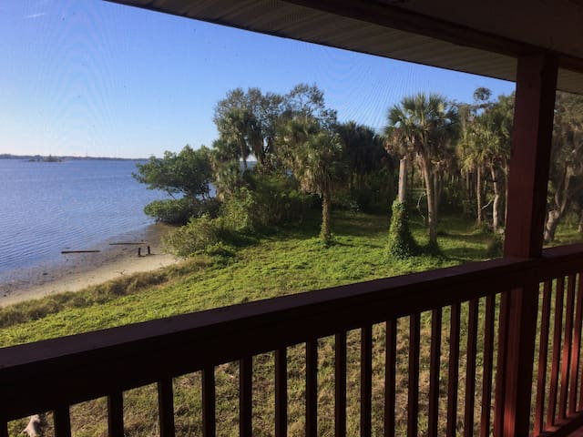 Large North Shore River House - North Fort Myers - Hus