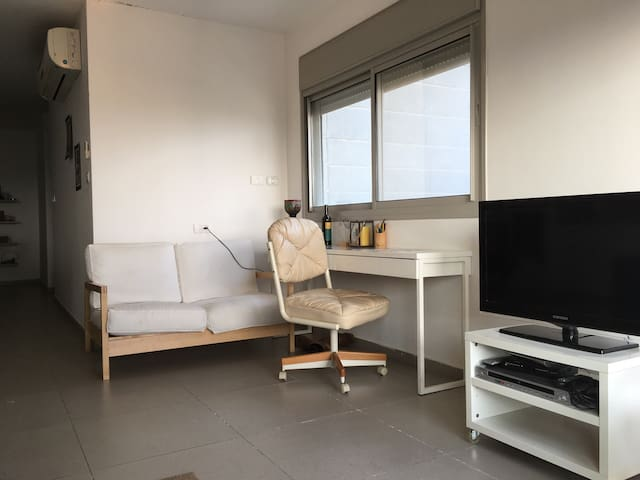 Private Room w Balcony in Penthouse - Be'er Sheva - Appartement