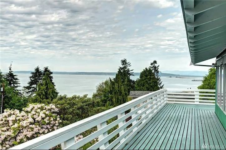 Huge Private and Ocean View House - Everett - Ev