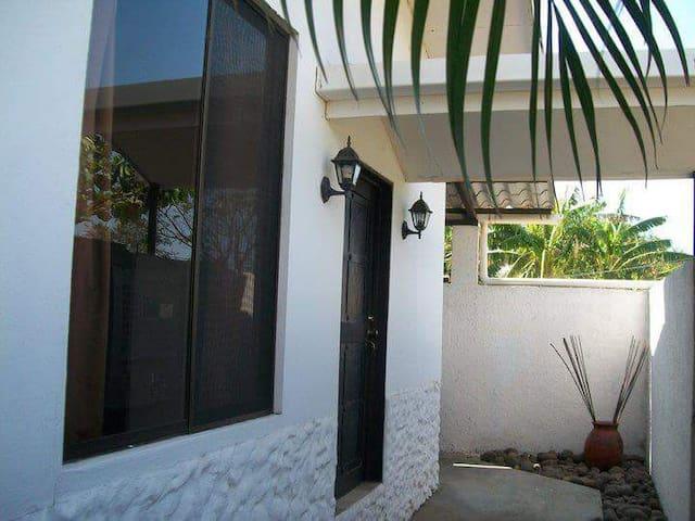 Villa equipada con mezzanine. - Sardinal de Carrillo - Квартира