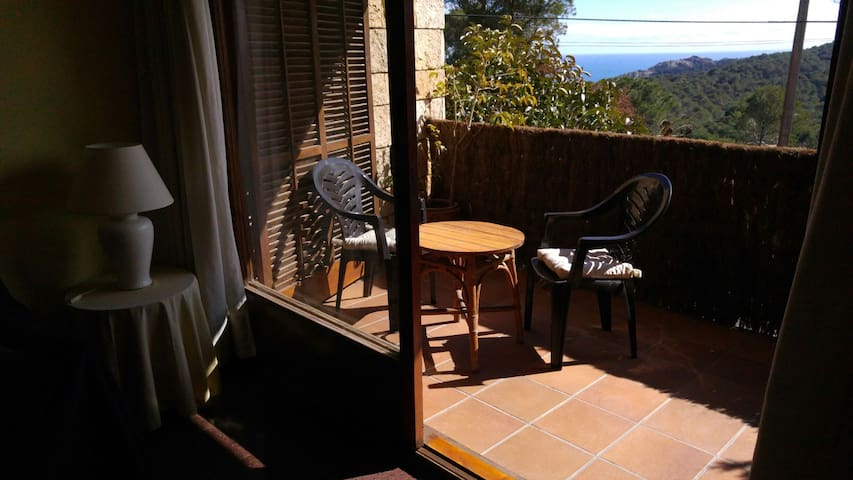 Small apartment in Begur - Begur
