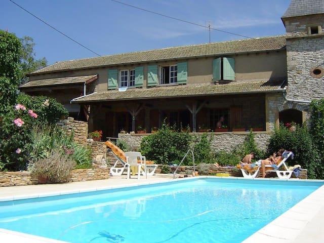 Le Colombé, hameau de Collonge à Lournand - Cluny - Casa de huéspedes