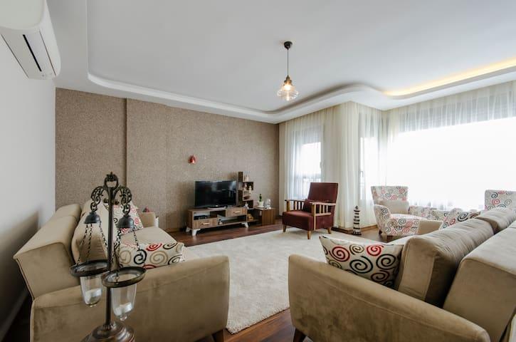 Sea view new apartment in Karşıyaka - izmir - Leilighet
