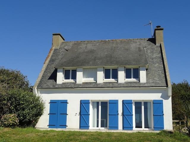 Confortable villa vue sur l'océan - Plonévez-Porzay - Haus