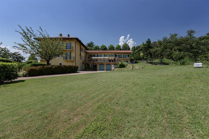 CASCINA BORDANA 10, Exclusivity Emma villas - Bollengo - 別荘