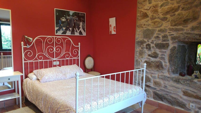 Preciosa casita a menos de 10 minutos de Santiago - Teo - Appartement