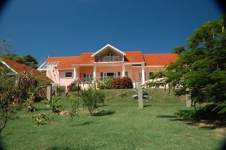 4 bed villa with separate annex - Fort Jeudy - 一軒家