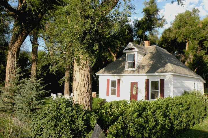 Swan Meadow Cottages Retreat, Event Venue - Greeley - Pension