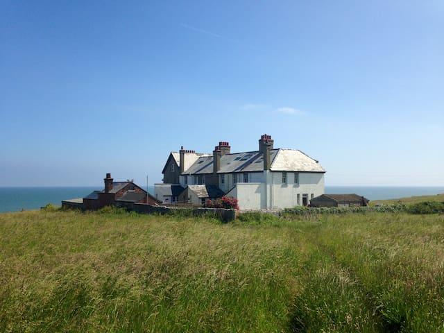 Coastal GEM with sea views - Norfolk - Bed & Breakfast