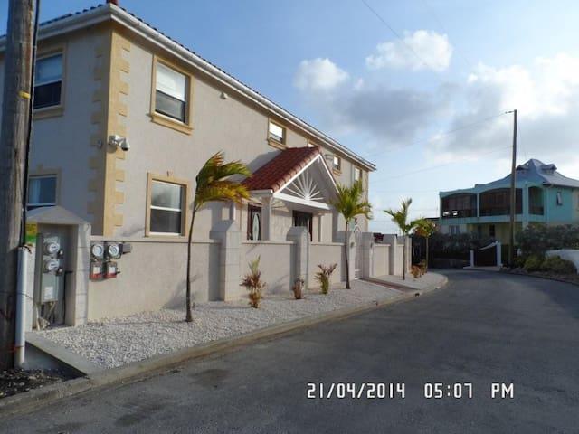 Mari Sol, 68 Ocean City,St Philip - Ocean City - Huis