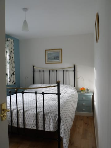 Double bedroom private shower-room, S. Norfolk - Loddon - Bed & Breakfast