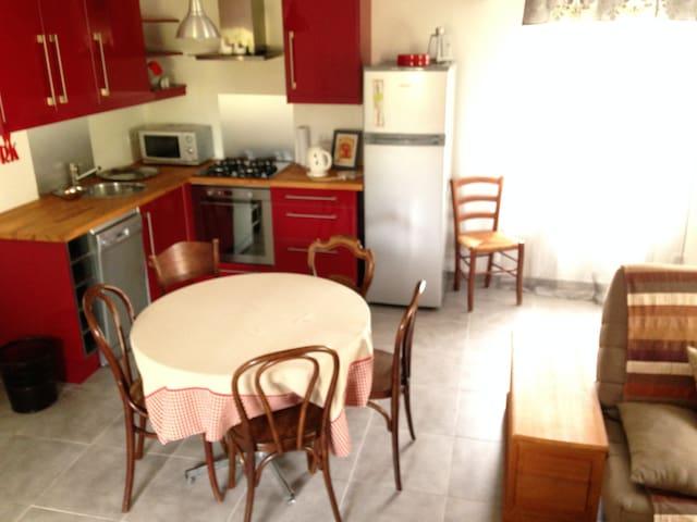 Petite maison avec jardin - Ouzouer-sur-Trézée - Ev