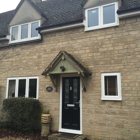 Amber Cottage - Stow on the Wold - Stow-on-the-Wold - 一軒家