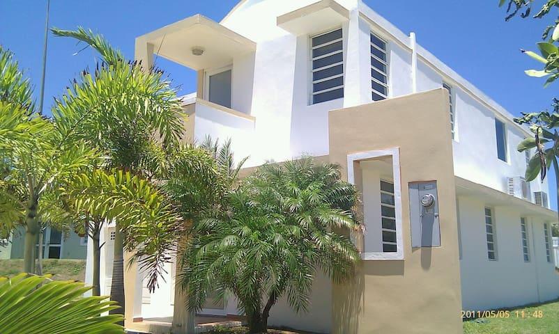 Hatillo Seabreeze - Hatillo - Casa