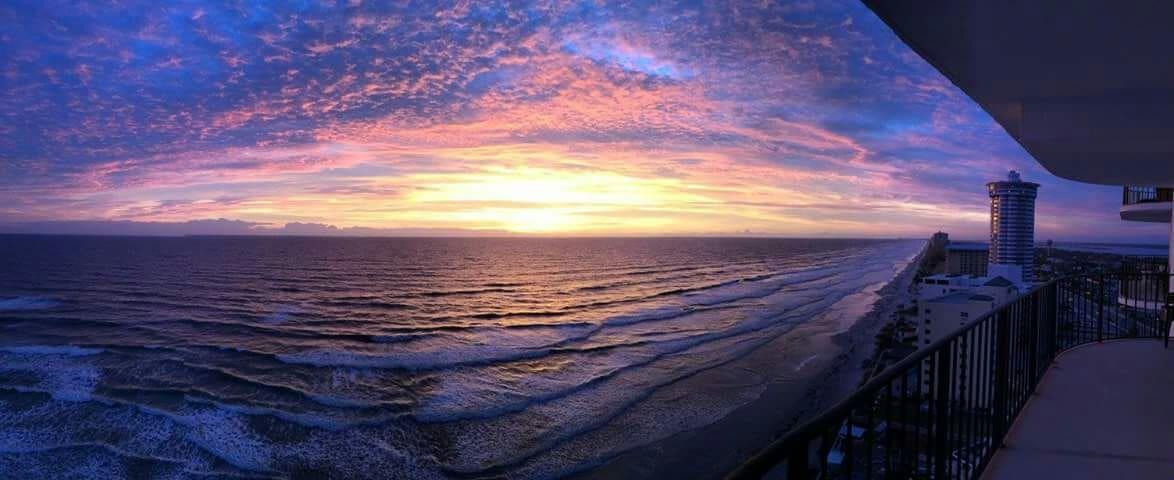 Dreamed Ocean Front Getaway - Daytona Beach Shores - Apartament