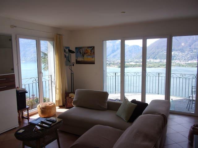 Attikawohnung am Lago Maggiore - Vairano - Maison
