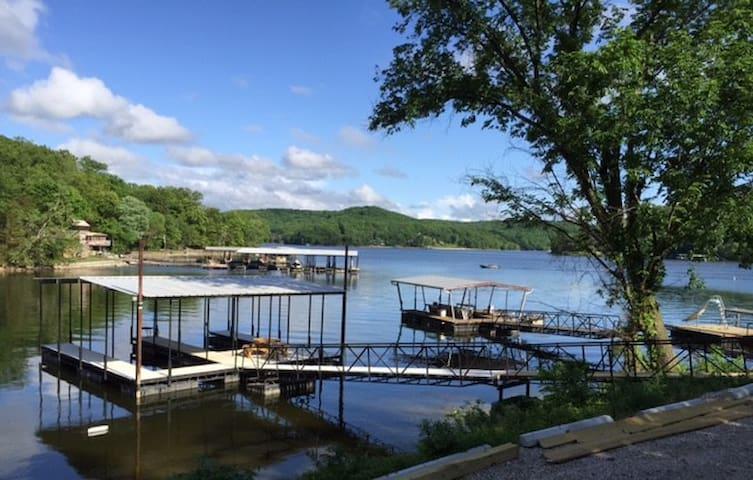 Family Lake House Fun at The Lake of Ozarks - Camdenton - Maison