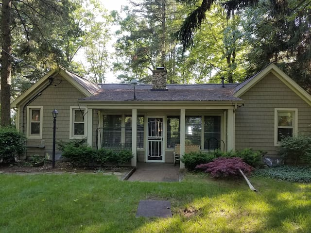 CLEAN cottage on an ALL SPORTS Lake (130 Acres) - Pullman - Huis