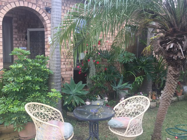 Peaceful abode close to transports - West Ryde - Casa