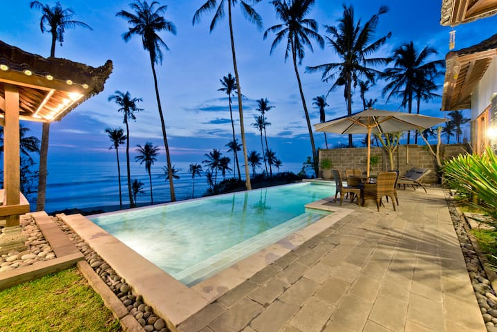 The SeaBreeze, at Balian Beach - Lalang Linggah - Villa