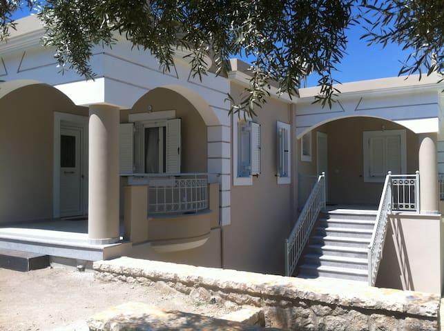 Kanellos luxury apartments - Paleros - Huoneisto